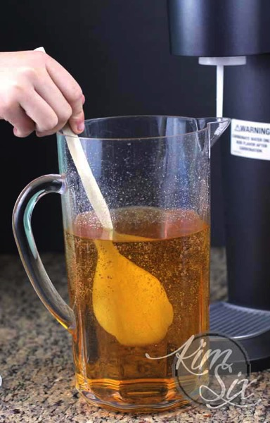 Carbonating apple juice
