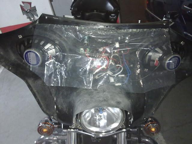 Colocación de Fairing (Batwing) en la moto Fairing%252009