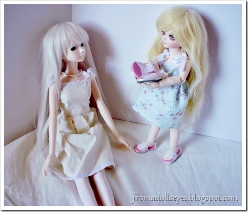 """Of Bjd Fashion: Improved Lace Sandals with a Tutorial: """"There's a pair for you too."""""""