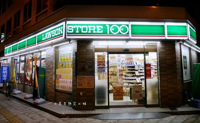 1 日本必逛必買 Lawson 100 便利商店也走百円風 生鮮熟食 泡麵零食 各式食品 生活日用品雜貨通通百円價好逛好買