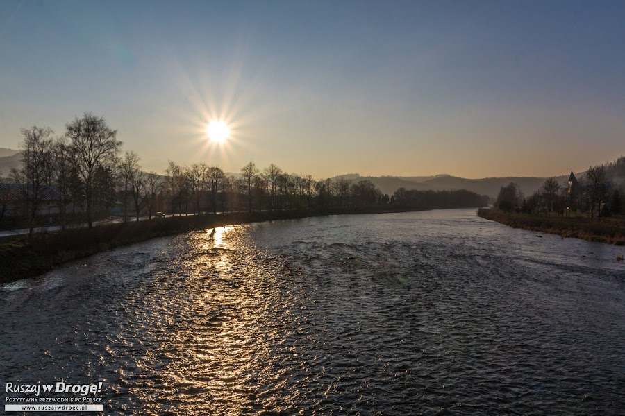 Zachód Słońca nad Dunajcem