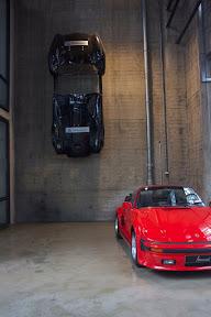 Wall Porsche