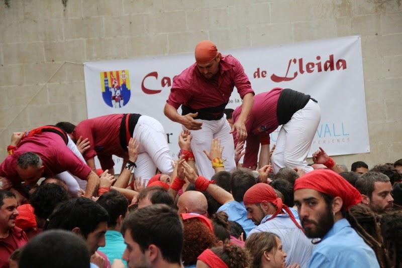 Actuació 20è Aniversari Castellers de Lleida Paeria 11-04-15 - IMG_8944.jpg