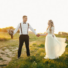 Wedding photographer Marina Markina (marikfox). Photo of 15.08.2016