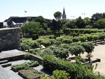 2017.06.18-036 jardins du château