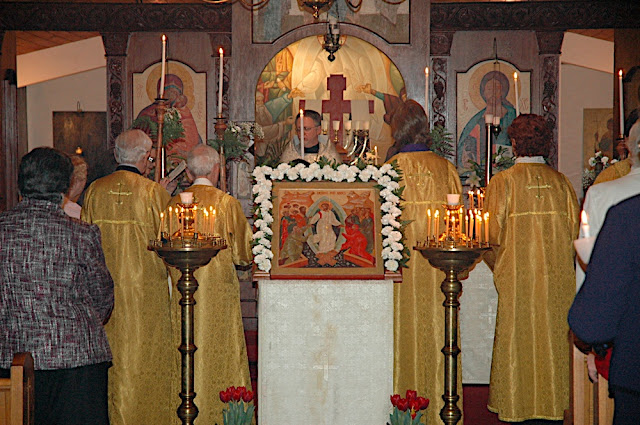 The Festal Icon of the Resurrection beautifully adorned with flowers by Sonia.