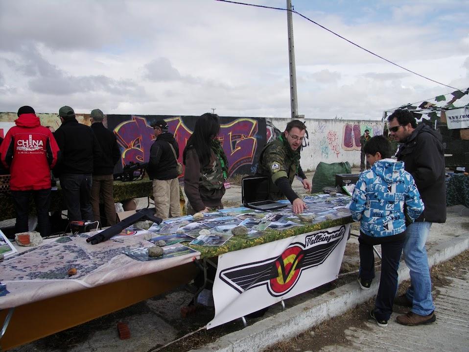 Fotos y videos de la Feria Open War 18/05/13 PICT0024