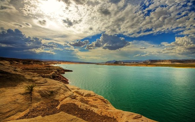 Lake Powell. Photo: Wolfgang Staudt / Wikimedia