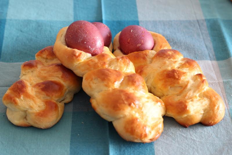 Primorski Uskrsne Bebe - Muñecas croatas de pan de Pascua