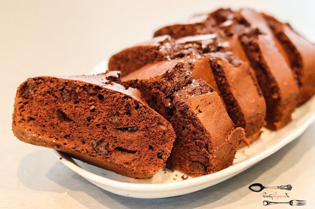 ciasta i desery,ciasto z białek, babka z białek, szybkie ciasto z białek, czekoladowe ciasto, szybkie ciasto czekoladowe, szybka babka czekoladowa