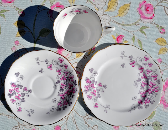 Queen Anne English Vintage Bone China