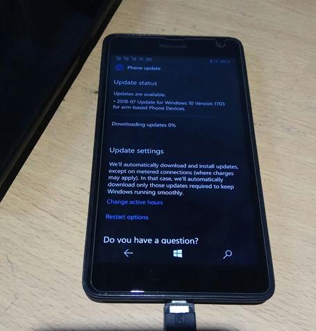 Windows 10 Mobile Versi 1703 Mendapat Pembaruan