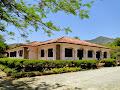 Hotel Fazenda Clube dos 200 Rodovia dos Tropeiros, Km 277 - Formoso - São José do Barreiro/SP Tel.: (12) 3117-2338 E-mail: clubedos200@valehoteis.com.br Site: www.clubedos200.com