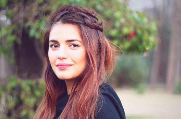 Momina Mustehsan Filmyimg (22)