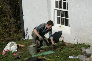Archeological test dig at the Germantown Parsonage 24 Nov 2009 by Dr. Lindner .