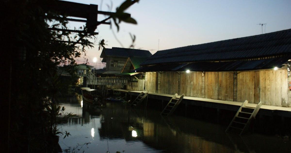 安帕瓦之Maeklong鐵道市場與丹嫩莎朵水上市場