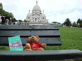 The Bear wanted a good shot of himself at Sacre-Coeur