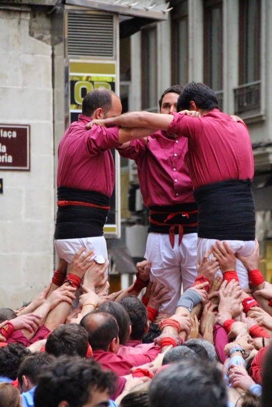Actuació 20è Aniversari Castellers de Lleida Paeria 11-04-15 - IMG_8848.jpg