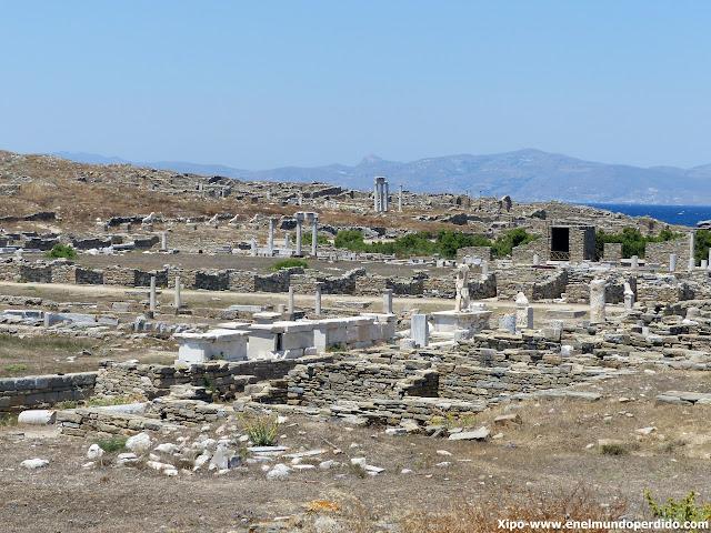 yacimiento-isla-de-delos-grecia.JPG