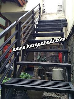 contoh desain tangga besi anti karat