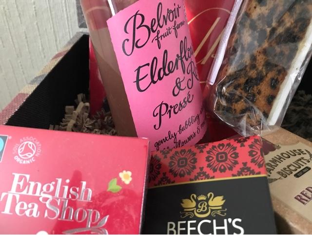 prestige-hampers-best-of-british-contents