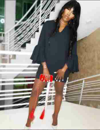 What Is Wrong With This Tiwa Savage's Photo?