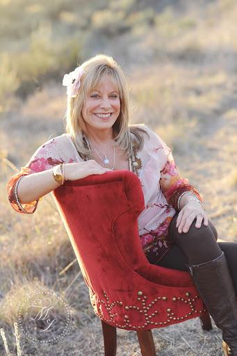 Patti Wright Photo 18