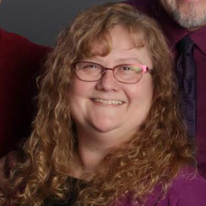user Diana McKay apkdeer profile image
