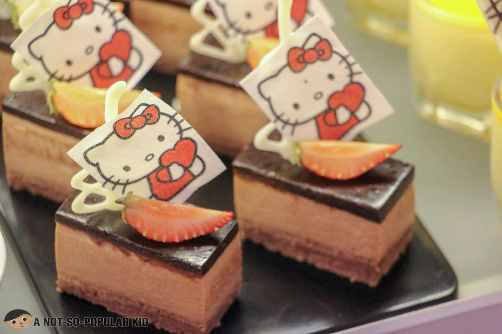 Hello Kitty Inspired Desserts in Six Doors