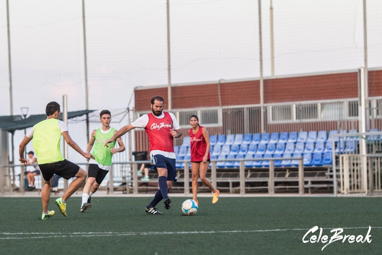 Dónde jugar al fútbol en Barcelona