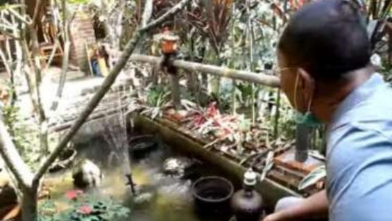 Diusir, Tengok Isi Rumah Rocky Gerung di Bogor, Ada Musala dan Lukisan Wanita Tanpa Busana