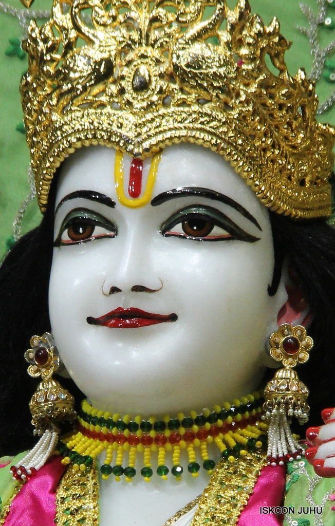 ISKCON Juhu Mangal Deity Darshan on 23rd Oct 2016 (15)