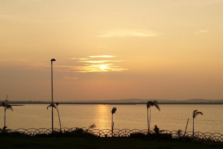 Omkareshwar and Hanmuntiya water resort - DSC06745.JPG