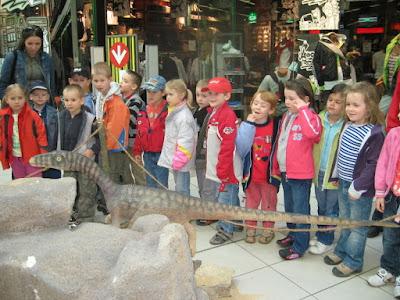 Byli jsme se podívat na dinosaury v shoping parku