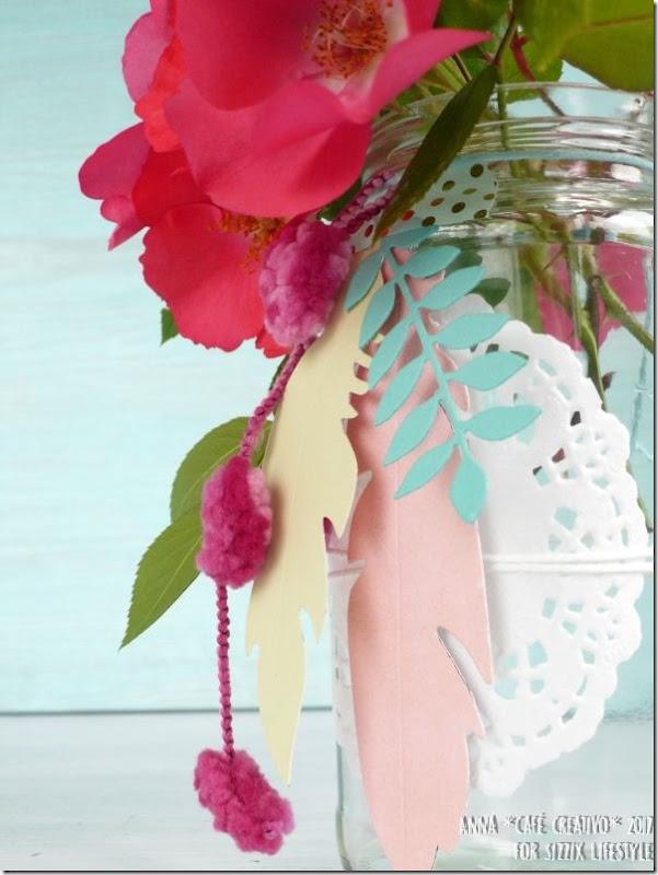 Usare Big Shot e Fustelle Sizzix per creare un vaso di fiori da un barattolo