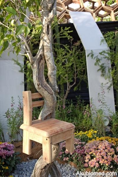 kerusi kecil