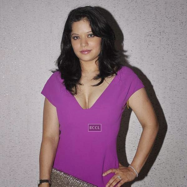Arzoo Govitrikar during the Aqbab club launch at Lower Parel, Mumbai. (Pic: Viral Bhayani)
