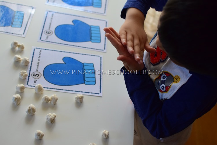 Winter Themed Playdough Counting Mats