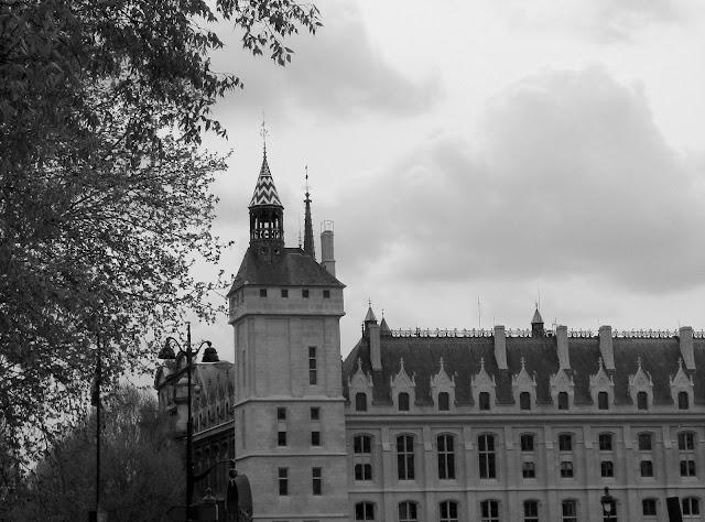 Paris en couleurs , Paris en noir et blanc ! - Page 3 IMG_2148_N%2526B