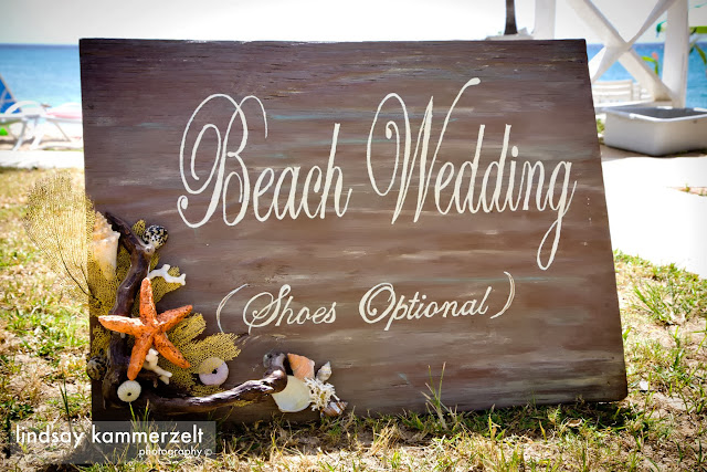 Weddings - Beach%2BWedding%2BSign%2Bby%2BLaura%2BBallard.jpg