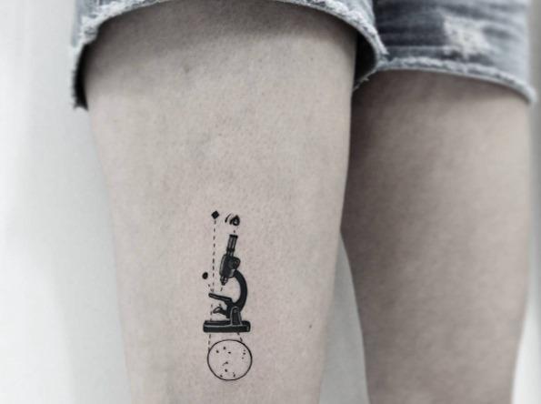este_microscpio_de_tatuagem