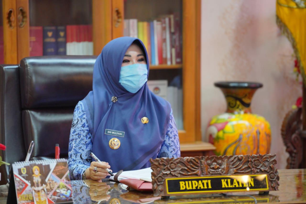 Gaungkan Cintai Produk Klaten, Bupati Sri Mulyani Raih Penghargaan Natamukti Award 2020