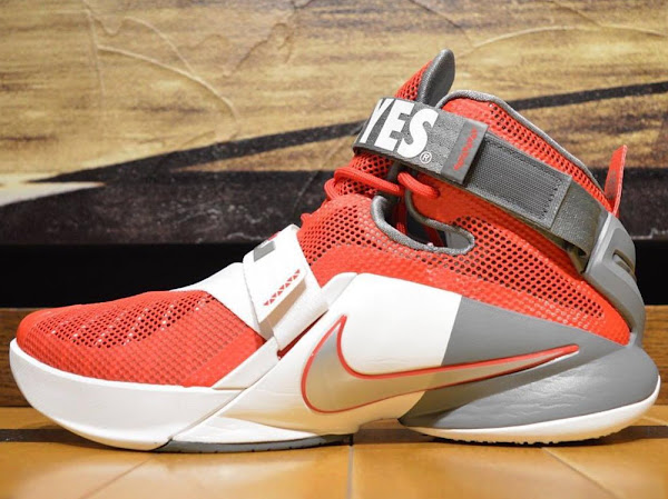 Kentucky and Ohio State Fans Get LeBron Soldier 9s as GRs