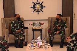 Silaturahmi Sebagai Pejabat Baru, Gubernur AAL Kunjungi Komandan Kodiklatal