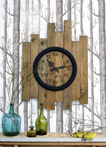 Relógio de madeira reciclada