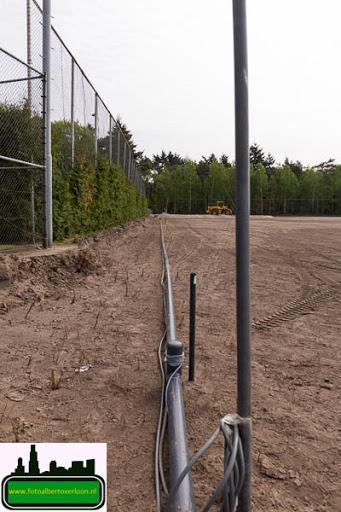 aanleg kunstgrasveld sss'18 08-05-2015 (2).jpg