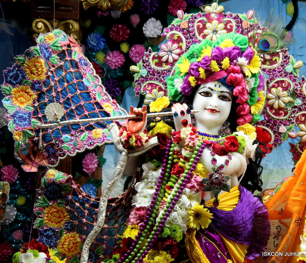 ISKCON Juhu Sringar Deity Darshan on 29th Sep 2016 (6)