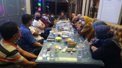Panitia Pelantikan IKA Unand Resmi Dibubarkan, Firdaus HB: Rawat Silaturahmi, Bangun Networking
