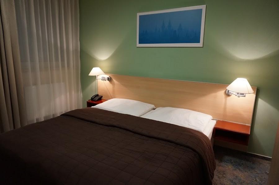 Двухместный номер в отеле Michael 4* в Праге