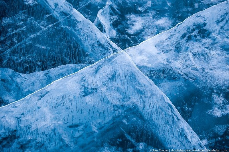 lake-baikal-ice-6